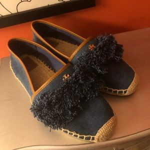 Tory Burch size 8 shoes. 🎈*